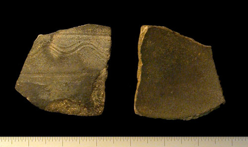 IOW-C44657: Decorated body sherd of Black Burnished Ware