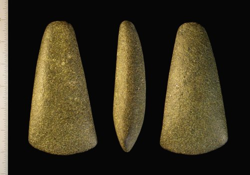Record Id Iow 8719d4 Neolithic Axe