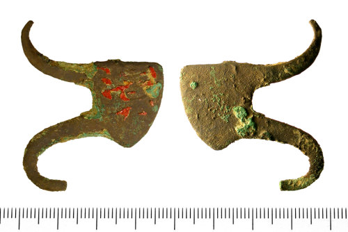 IOW-637A80: Incomplete cast copper alloy heraldic shield-shaped mount of Medieval, thirteenth or fourteenth century date (AD 1200 - AD 1400).