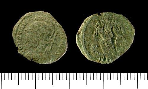 IOW-F44627: Nummus of Constantine I. RIC 523 (330-31).