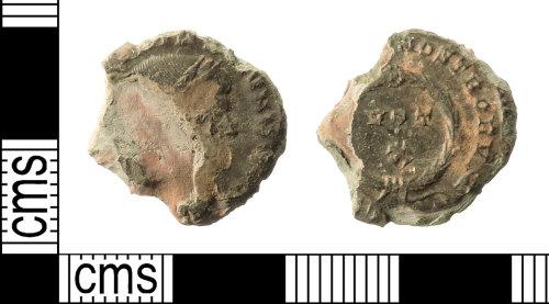 IOW-5DF37C: Roman Coin: Nummus of Constantine II as Caesar
