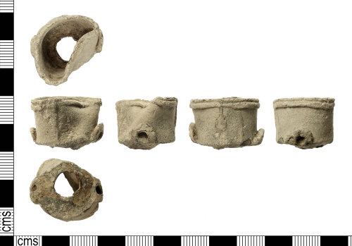 IOW-D9689C: Post-Medieval: Powder Flask