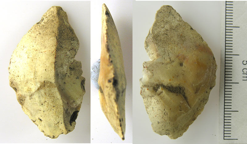 LVPL-AFE2E0: Cream coloured prehistoric flint tool- possible scraper