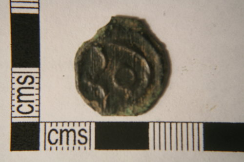 KENT-DD218E: Late Iron Age coin. Potin of Cantiaci. Obverse view.
