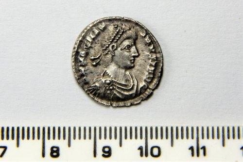 PUBLIC-24F4F2: Magnus Maximus Siliqua - AD387-388
