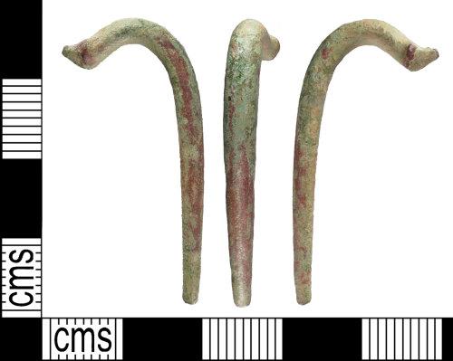 BUC-9607AD: Roman brooch