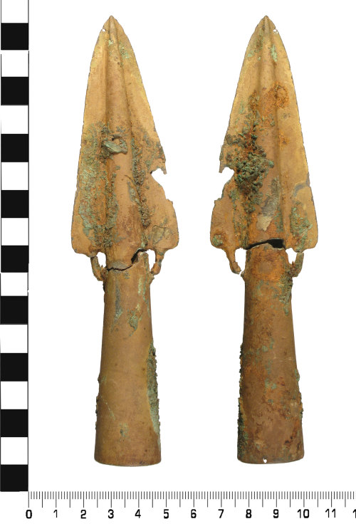 WMID-244D11: Middle Bronze Age: Basal Looped Spearhead