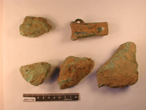 KENT-E1ED25: Copper-alloy axe and ingot fragments