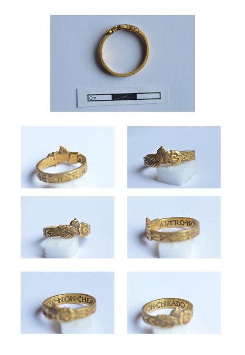 BERK-7BCFFC: Post-Medieval gold finger-ring