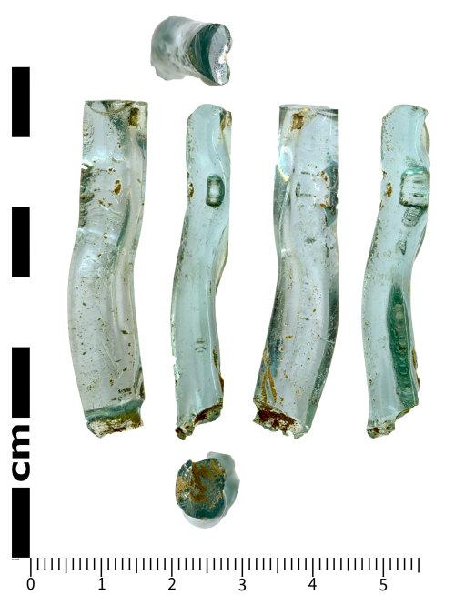 SWYOR-6EAA9A: Roman glass Vessel fragment
