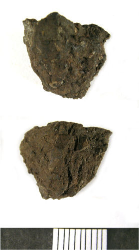 LANCUM-C71692: Neolithic Vessel Sherd (two views)