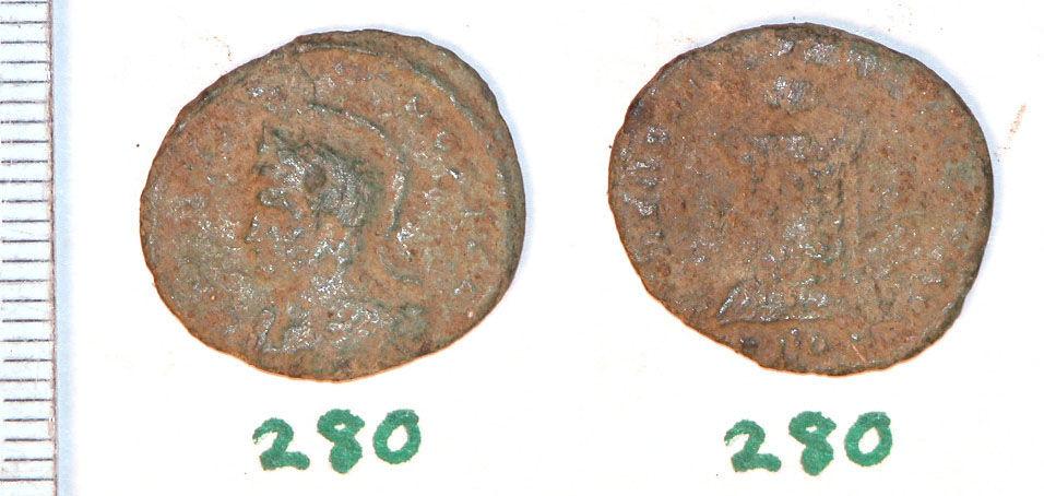 CAM-973BC7: Roman Coin: Nummus of an uncertain emperor