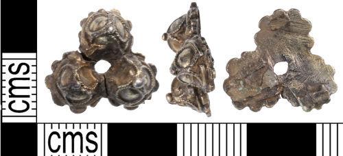 KENT-69E9B3: KENT-69E9B3: Fragment of Post Medieval dress hook