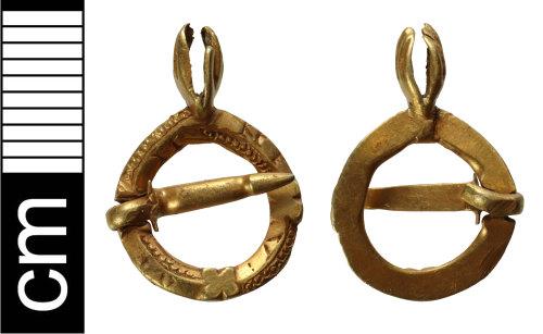 NMS-B22B22: Medieval annular brooch