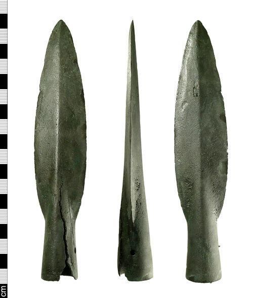 BH-16AD90: Bronze Age spearhead