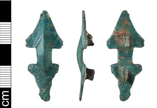 BH-825EB9: Early-Medieval equal arm brooch
