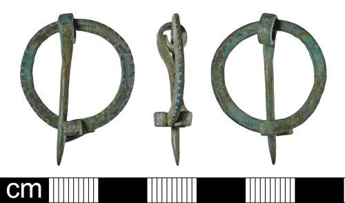 BH-B9AD33: Iron Age to Roman penannular brooch