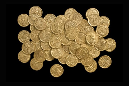 BH-D67AF4: Roman coin hoard (55 coins)