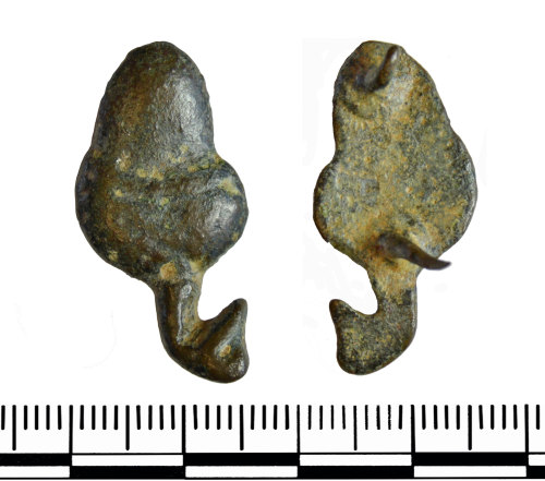 GLO-D8B7B2: GLO-D8B7B2 Post Medieval strap mount