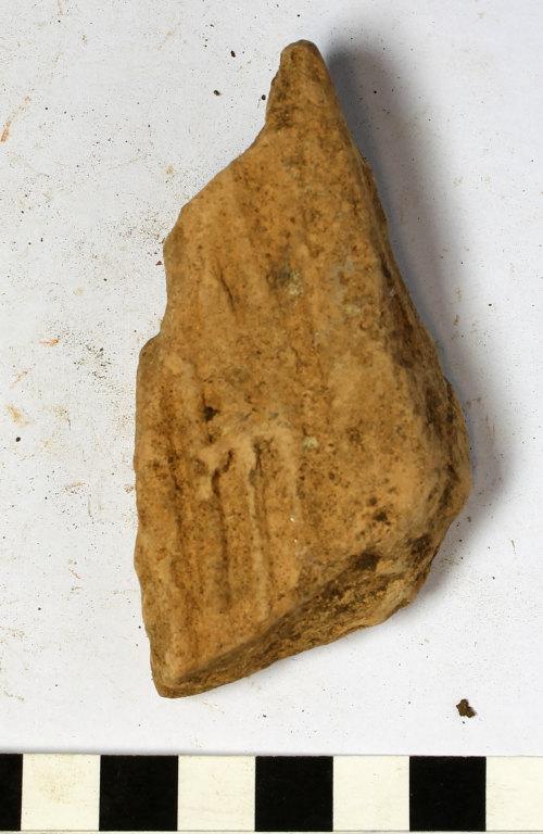 GLO-DAFD1D: GLO-DAFD1D Roman box flue tile fragment