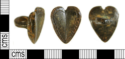 WILT-175AD7: Late Medieval/ Early Post-Medieval Button