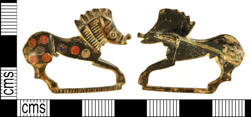 A resized image of Roman zoomorphic brooch