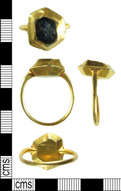 HAMP-EBA980: Medieval finger-ring