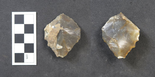 HAMP-85E792: Neolithic/ Bronze Age lithic implement (probably)