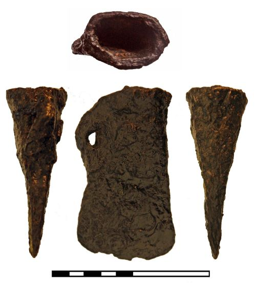 FAKL-38D115: Socketed axe, iron
