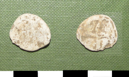 ESS-12E1A7: Post-Medieval lead token, 17th or 18th century