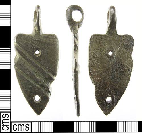 LON-988BC3: A complete Medieval to Post Medieval cast copper alloy suspension mount probably dating 15th – 16th century.