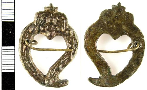 LON-FEA9E2: A Post Medieval copper alloy frame brooch (16th century).