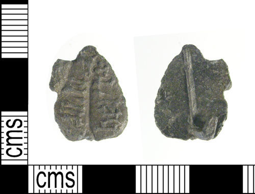 LON-250682: Medieval secular badge