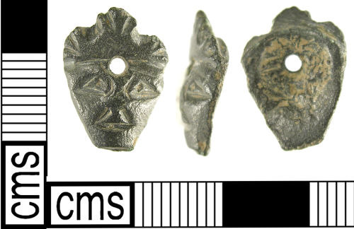 LON-C18E51: A Medieval copper alloy decorative mount (14th – 15th century).