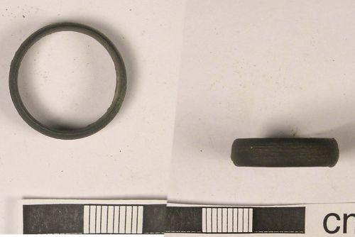 LANCUM-DBEED1: Post-Medieval Bronze Finger Ring