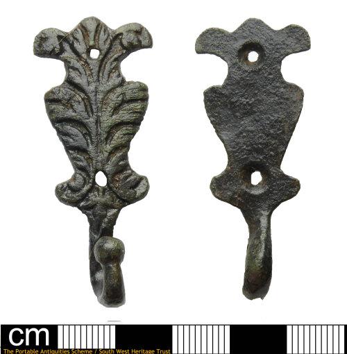 DEV-B925CD: Post medieval strap fitting