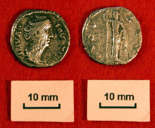 NLM-35F074: Roman denarius of Faustina