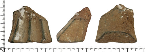 DOR-8B0403: Post medieval pot leg.