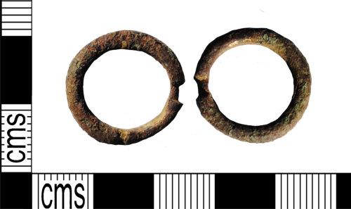 LANCUM-0FA4A1: Copper-alloy annular brooch