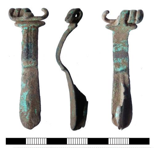 SUR-672D4E: Iron age: Brooch