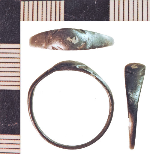 NLM-F7C63D: Post-Medieval Finger Ring