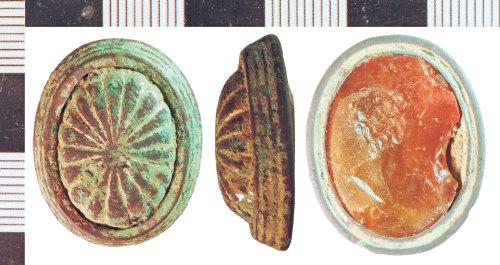 NLM-575077: Post-Medieval Locket fragment