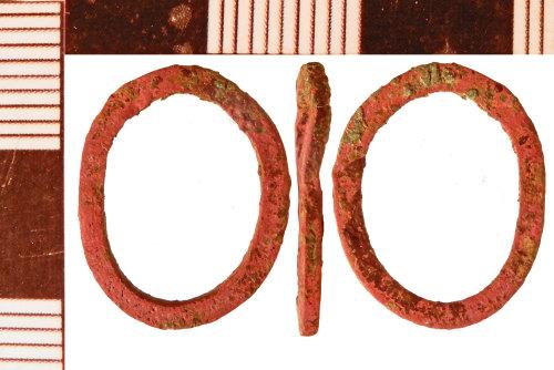 NLM-B2DB00: Post-Medieval Ring