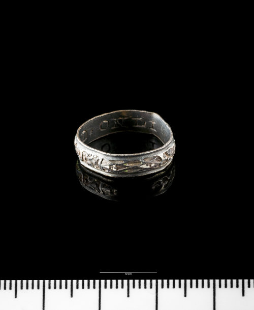 NMGW-C6437A: Post Medieval silver finger ring