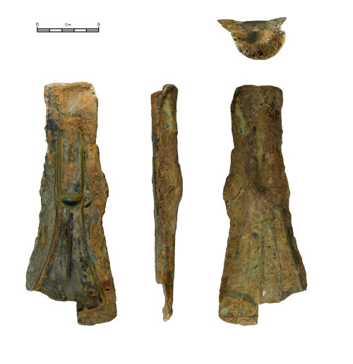 NMGW-9883F6: Middle Bronze Age bronze mould for casting palstaves of Group III, Low Flanged Type