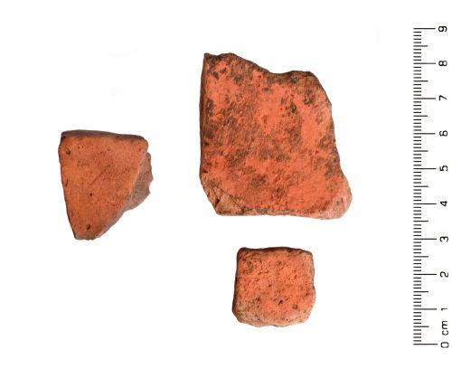HESH-8E8385: Roman: Three sherds of Roman Severn Valley Ware pottery