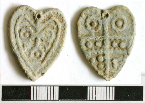 NCL-7A1697: Post-Medieval lead heart pendant