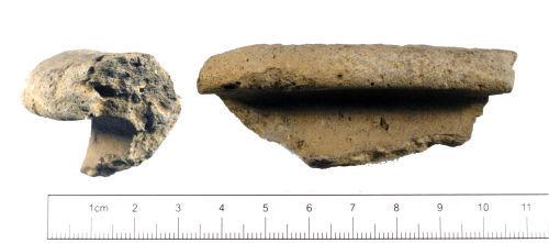 YORYM-BF6082: Roman : Grayware Vessel Rim