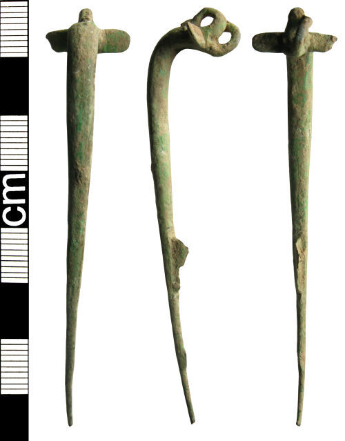 HAMP-935C51: Iron age to Roman colchester one piece brooch