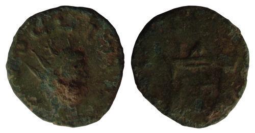 HAMP-8D69E0: Roman coin: Irregular radiate copying Divus Claudius (II)